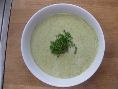 суп-пюре-из-брокколи