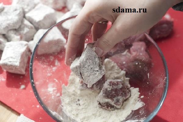тушеная-говядина-с-овощами-3